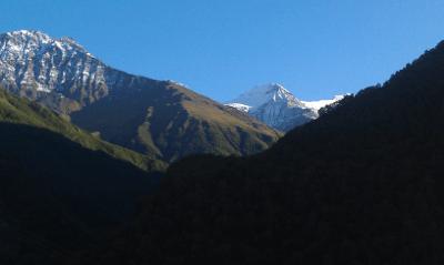 チェチェン南部の山岳 by Умар Дагиров